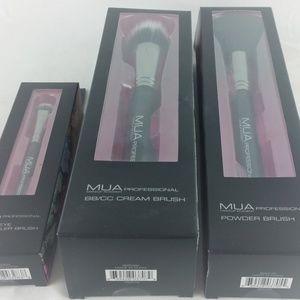 MUA Makeup Academy Bundle Three Pro Brushes